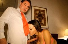Порно с хорошим плохим соседом минет сосет петух Красиво