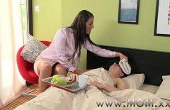 Порно Made в домашних условиях Румын Лечат его, а затем Пушистики Him