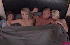 Секс Ебля ХХХ семья