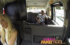 Бесплатное порно румынской Таксист трахает Черный человек
