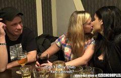 Секс с кисками, выпившими слишком много алкоголя и после того, как их трахнули в рот
