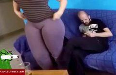 Любительский секс с брюнеткой Bulan в Румынии трахнули