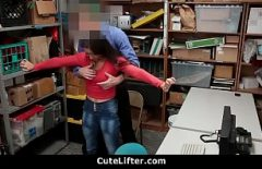 Секс с боссом, который перемещает своего сотрудника