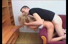 Русскую лесбиянку нарушил сильно возбужденный мальчик